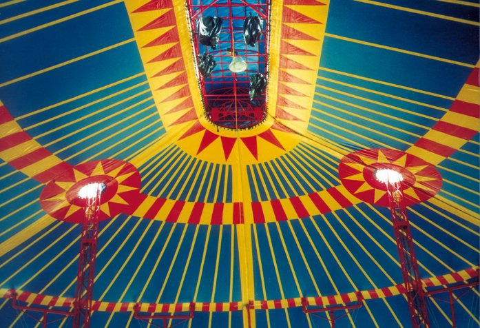décoration-intérieure-cirque-semi-traditionnel